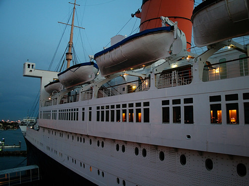 Queen Mary - Port Side