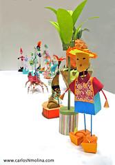 A Dolls World (Carlos N. Molina - Paper Art) Tags: art japan paper tokyo origami dolls arte sculptures papercraft 3dpaper papersculptures colourartaward paperforms desingfesta origamipapel papermoduleskirigami