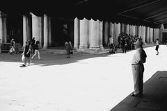 Vedetta-Sentinel (marcopesavento) Tags: street bw bn vicenza sentinel piazzadeisignori basilicapalladiana vedetta 123bw