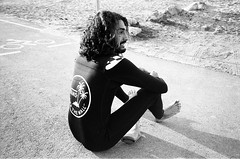 Casual Coolness - Adrien Toyon (Manuel Claudeville Morell) Tags: cool surfer vans surfing wetsuit beach sand adrien toyon winter france sunny wave long hair athlete sport