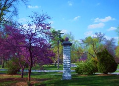 Colours of Spring (Ron,Ron,Ron) Tags: pillar stlouis bluesky missouri saintlouis 2009 photoshopcs2 towergrovepark springcolors may09 flickrgolfclub