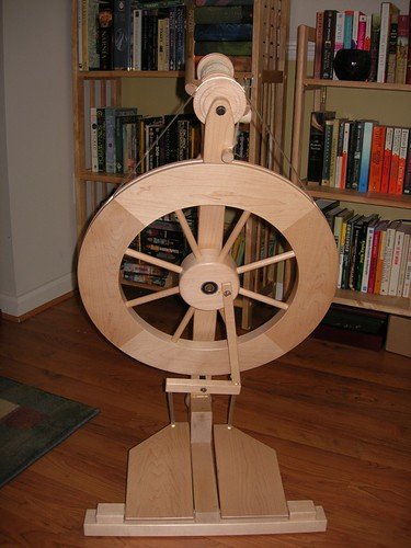 My spinning wheel.JPG