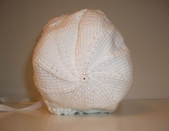 Bonnet, back