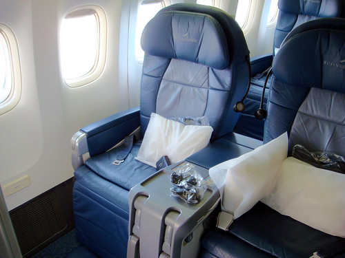 delta 737 seating