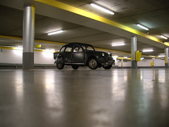 2CV parking only (Jesper2cv) Tags: auto urban holland green netherlands dutch car amsterdam canon zuidoost automobile europe groen parking nederland citron vert voiture ixus coche 2cv nl ente paysbas eend geit fahrzeug parkeerplaats niederlande parkeren parkeergarage stadsarchief voertuig grun automobiel 1159nf