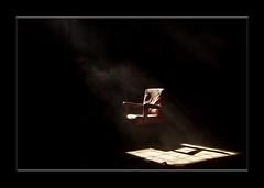 E adesso siediti, su quella seggiola... (morillo) Tags: rod onblack magicdonkey artlibre anawesomeshot infinestyle