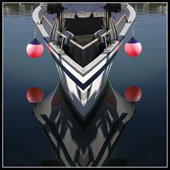 Muntatze- borobilak joko (argazkilari 64- No multi invit please) Tags: mer sensational zb 1001nights bateau reflexions basque wmp paysbasque wow1 wow2 boue buoyant photographyro