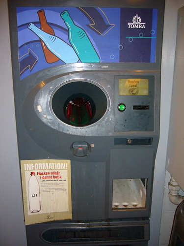 Bottle return machine
