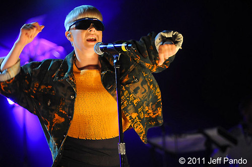 Robyn - 06-04-11 - Royal Oak Music Theatre, Royal Oak, MI