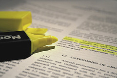 Highlighter highlighting words