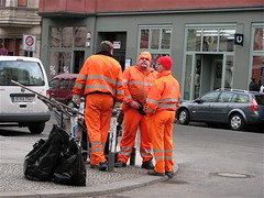 Garbage Men (oliverchesler) Tags: orange berlin trash germany garbage hackeschehfe garbageman garbagemen theberlinimage