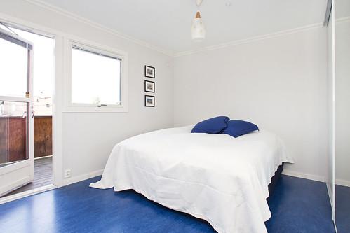 Lachmannsvei 39C - master bedroom/soverom med balkong mot vest
