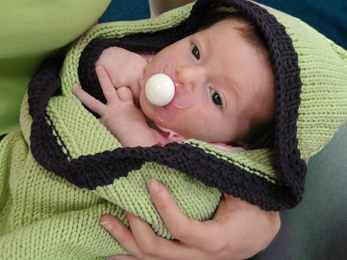 Knitting Pattern Baby Hooded Blanket : FREE PATTERN: Hoodie Baby Blanket (originally on MagKnits)   The Thrifty Knitter