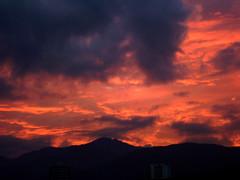 Orange sky (Adeodoato) Tags: blue sky orange blanco cali azul clouds heaven day dia cielo nubes naranja heavena