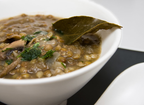 Lentejas con champiñones/ Lentils with button mushrooms