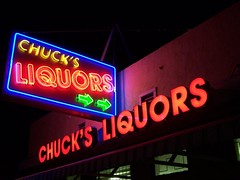 20071104 Chuck's Liquors