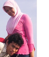 Kurang ke atas dikit... (jilbabcantik) Tags: tetek payudara toket jilbab