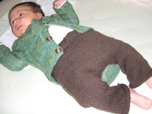 111907 owen in leaf cardi & monky pants