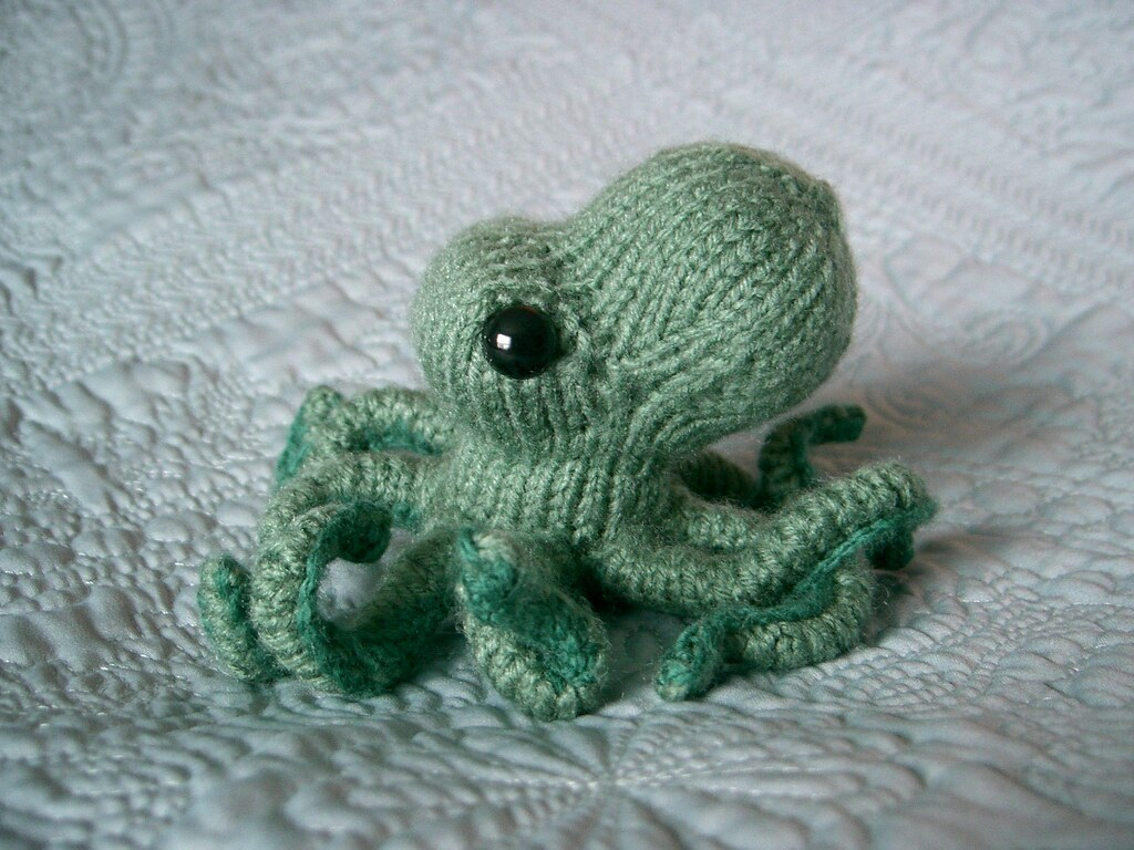 Octopus Knitting Pattern : Octopus (Cephalopod Obese) - KNITTING