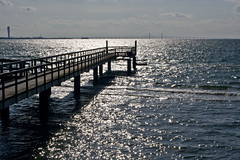 Malmö in horizon (Håkan Dahlström) Tags: bridge sea skåne sweden schweden torso sverige malmö turning malm oresund öresund öresundsbron svezia lomma skane oeresund