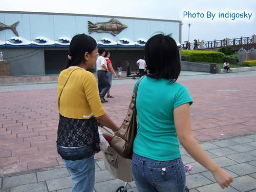 2007_0526_呃…李蝦餅,妳在看哪邊啊?