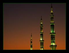 Medine'de Zaman.. (daade) Tags: masjid minare madinah medine zahide daade mescidinebevi mywinners hac2007
