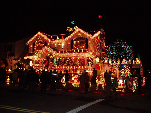 Christmas lights, Queens, NYC by jane_sanders.