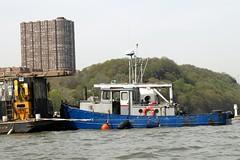 Von Dohln Marina on the Hudson River, Edgewater NJ (jag9889) Tags: marina boat newjersey nj tugboat hudsonriver tug 2008 edgewater palisades workboat bergencounty 07020 zip07020 y2008 vondohln jag9889