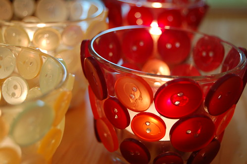Red button candle holder