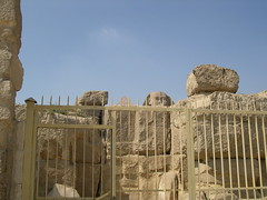 Sphynx Head (upyernoz) Tags: ruins egypt sphynx giza مصر أبوالهول جيزة