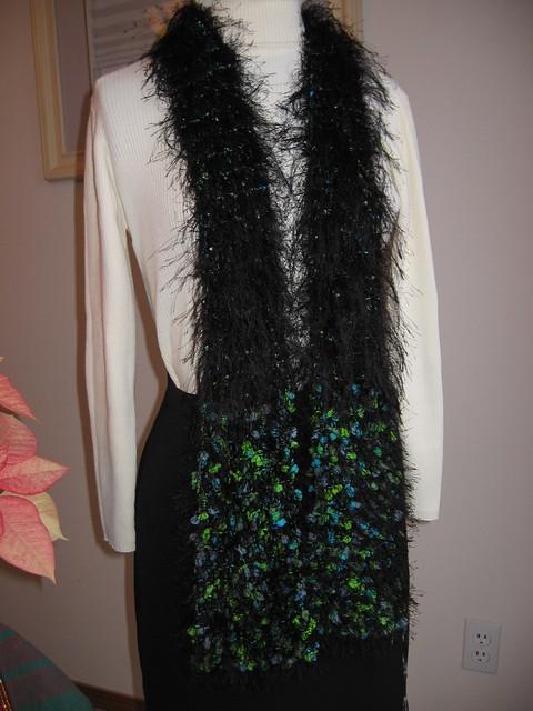 Knitting pattern to make a Scarf from Fun Fur yarn