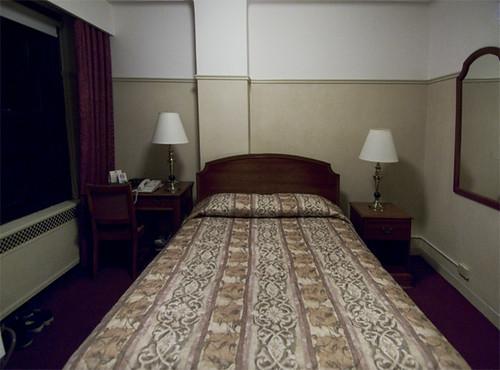 NYC hotel room
