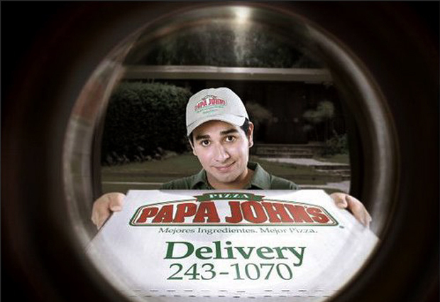 Papa Johns deslivery ad with delivery guy