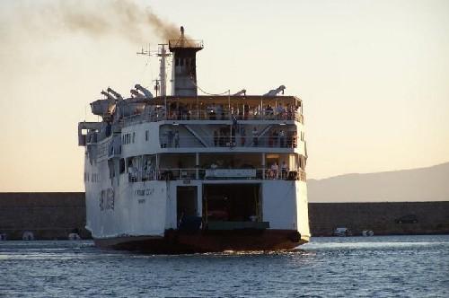 Ferry a Grecia