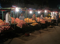 Apple stall beside the Charminar