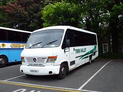 VX05BVJ-01 (Ian R. Simpson) Tags: vx05bvj mercedes o814 plaxton cheetah twinvalley bus minibus