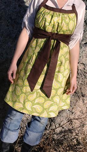 emmeline apron front tie