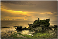 Sunset at Bali (Chee Seong) Tags: sunset vacation bali beach rock clouds canon indonesia temple bravo cave 1855mm soe hdr tanahlot blueribbonwinner supershot 400d platinumphoto goldenphotographer theperfectphotographer