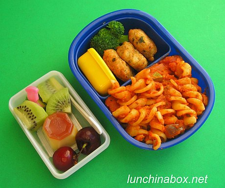 Fusilli & crab cake lunch for preschooler