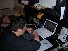 100_3550.JPG (Peter Matkovsky) Tags: mix mac dj mixing midi controller trance rotate xsession bluewaves macbook xt69