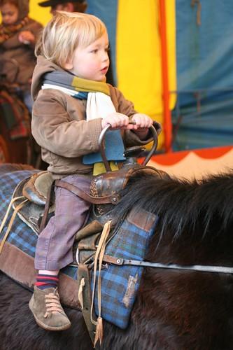 Op de pony