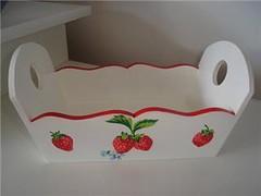 Cestinha (Joci Ozame) Tags: dcoupage morangos mdf decoupage cestinha