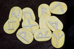 Yellow marble rune set (Saveena (AKA LHDugger)) Tag