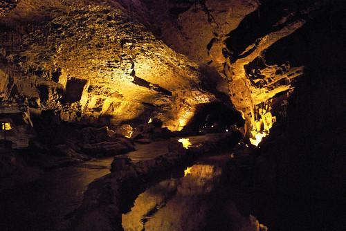 Dan-Yr-Ogof's Caves 07.jpg