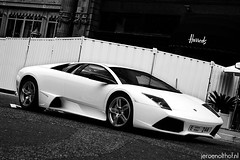 Lamborghini Murcielago LP640 (Jeroenolthof.nl) Tags: street red italy white black hot london car square lights al italian jeroen nikon dubai photographer walk united rear wheels uae d70s convertible automotive super knightsbridge 45 east emirates exotic arab harriet londres kensington middle rims abu dhabi lamborghini sant londra luxury khaimah ras supercar agata doha qatar exotics bolognese londen roadster cabriolet murcielago 1870 sloane f35 belgravia olthof lp640 wwwjeroenolthofnl jeroenolthofnl jeroenolthof