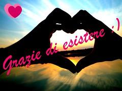 Grazie di esistere (Kikka!) Tags: mani di cuore grazie esistere