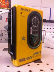 '80s Sony Sports Walkman, Tukwila Goodwill, 10/13/07 (Mike Baehr) Tags: cameraphone walkman sony thriftstore 1980s goodwill tukwila 20071013