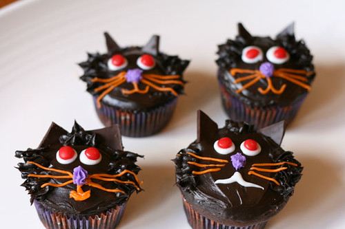 Kitty Cat Cupcakes