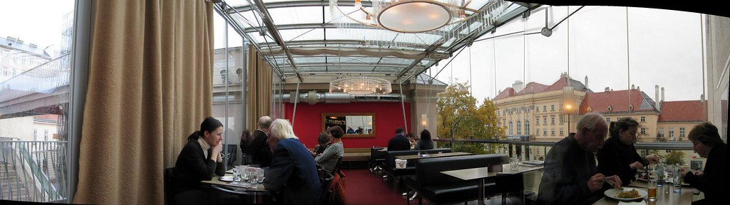 Nice Cafe in Leopold Museum, Cafe Leopold