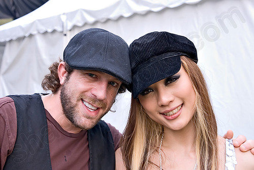 Hannah Tan and Elliott Yamin